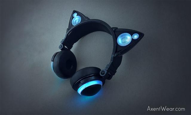 crunchyroll un casque audio aux oreilles de chat. Black Bedroom Furniture Sets. Home Design Ideas