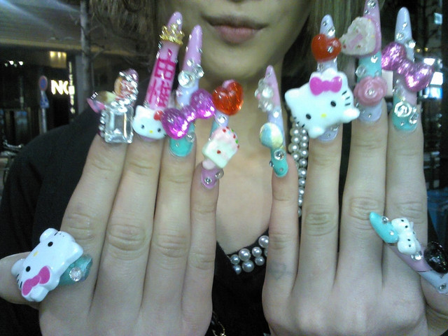 Crunchyroll - Are These the World\'s Craziest Hello Kitty Deco Nails?