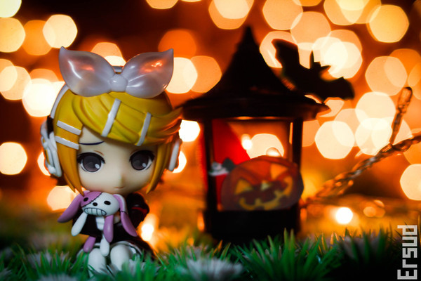 halloween figure photography