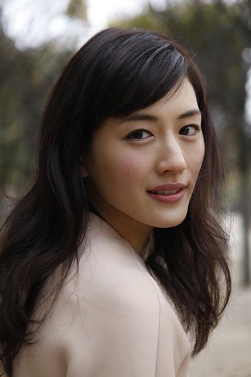 Haruka Ayase 2018 Hair Eyes Feet Legs Style Weight