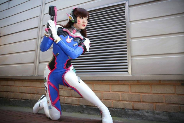 d.va Vamplette cosplay in