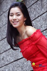 Ji Hyun Hwang