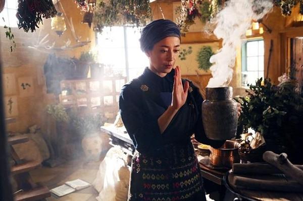 دانلود فیلم خدمات تحویل یک جادوگر