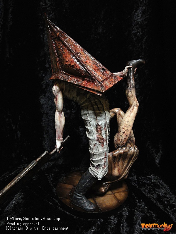 Crunchyroll Quot Silent Hill Quot Pyramid Head Figure Is Now