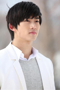 Taecyeon
