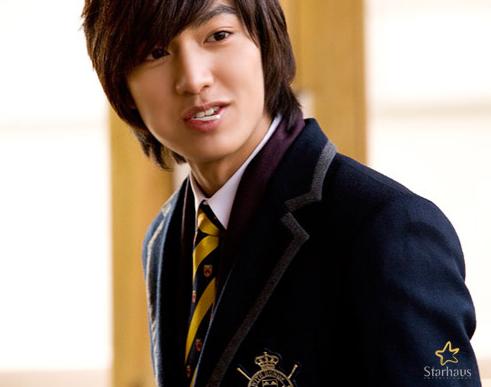 الممثل الكوري لي مين هو..(الفريق الاحمر) 9cebb16f9bdb7114e80006ab6465b09f1245751224_full.png