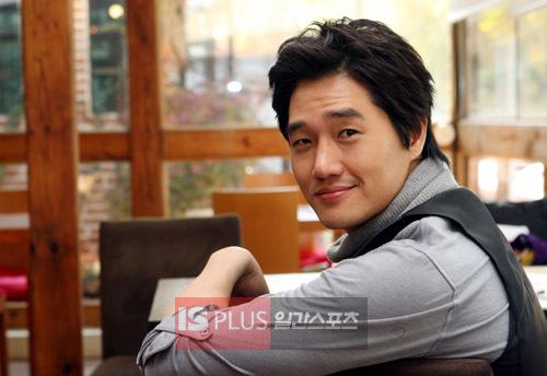 Yoo Ji-tae B78a6d053b85dea2d21080fe1581f6541227530334_full