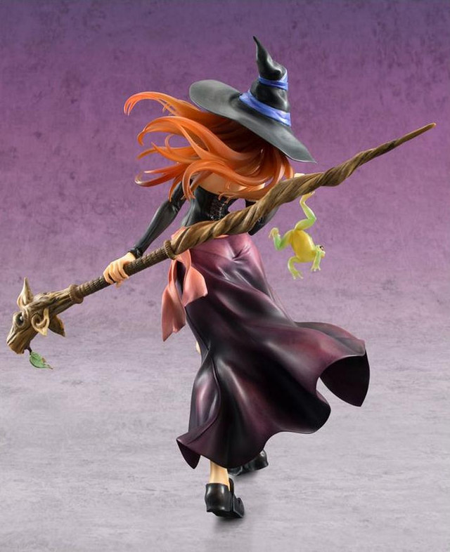 MegaHouse Sorceress