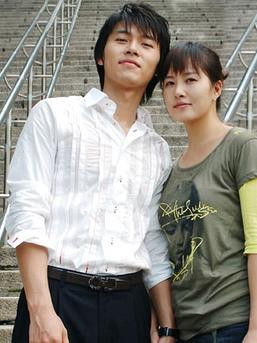 The gallery for --> Kim Sun Ah And Hyun Bin 2012