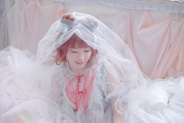 Seiyuu Love Live! Sunshine!! Ai Furihata Bakal Rilis Photobook Perdananya