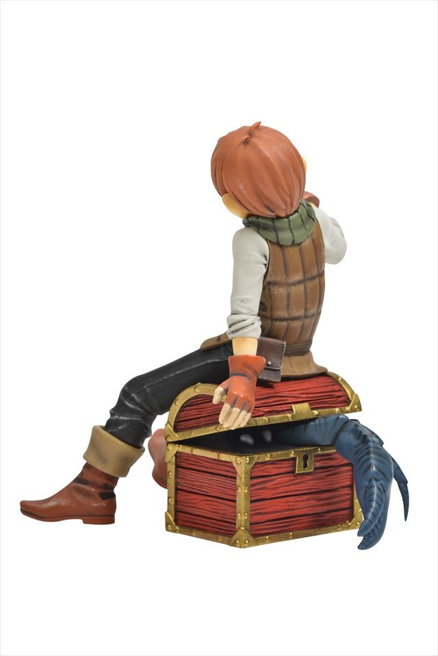 A rearview of the Chilchuck resin kit reveals that the treasure chest Chilchuck perches on is actually a Mimic in disguise.
