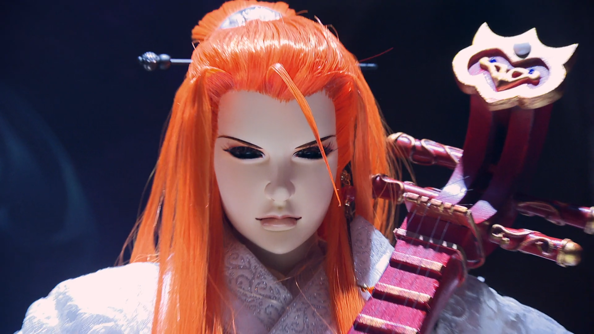 Lang Wu Yao's heavenly performance is interrupted by a raid from the Imperial police in a scene from the Thunderbolt Fantasy -Bewitching Melody of the West- theatrical film.