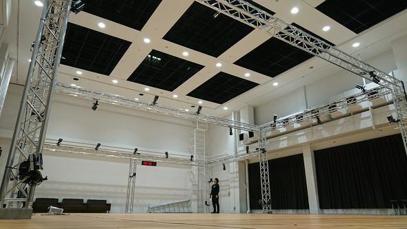 Crunchyroll - Dwango Launches Tokyo's Largest Motion-Capture