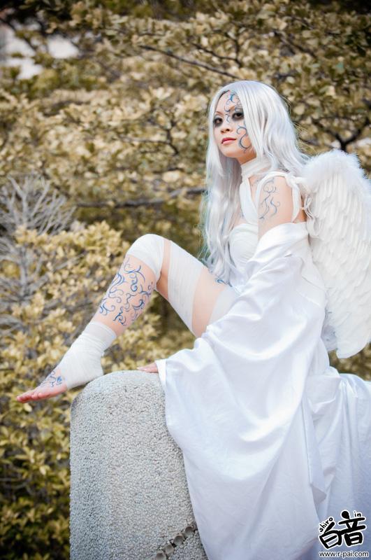 Фото ангел с белыми волосами