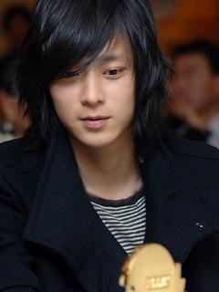All About Korean Actor Kang Dong-won: Profile, Girlfriend
