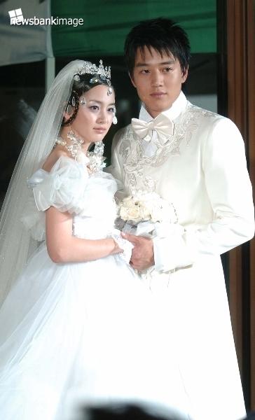 Kim Tae Hee Andre Kim Fashion Show