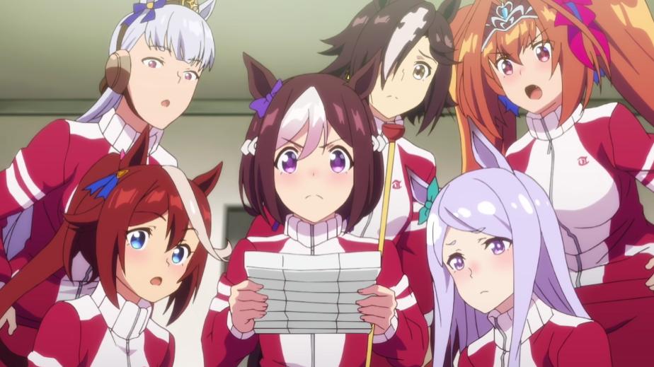 Las chicas-caballo del Team Spice se reúnen alrededor de una nota ominosa en una escena del próximo anime televisivo Umamusume: Pretty Derby Season 2.
