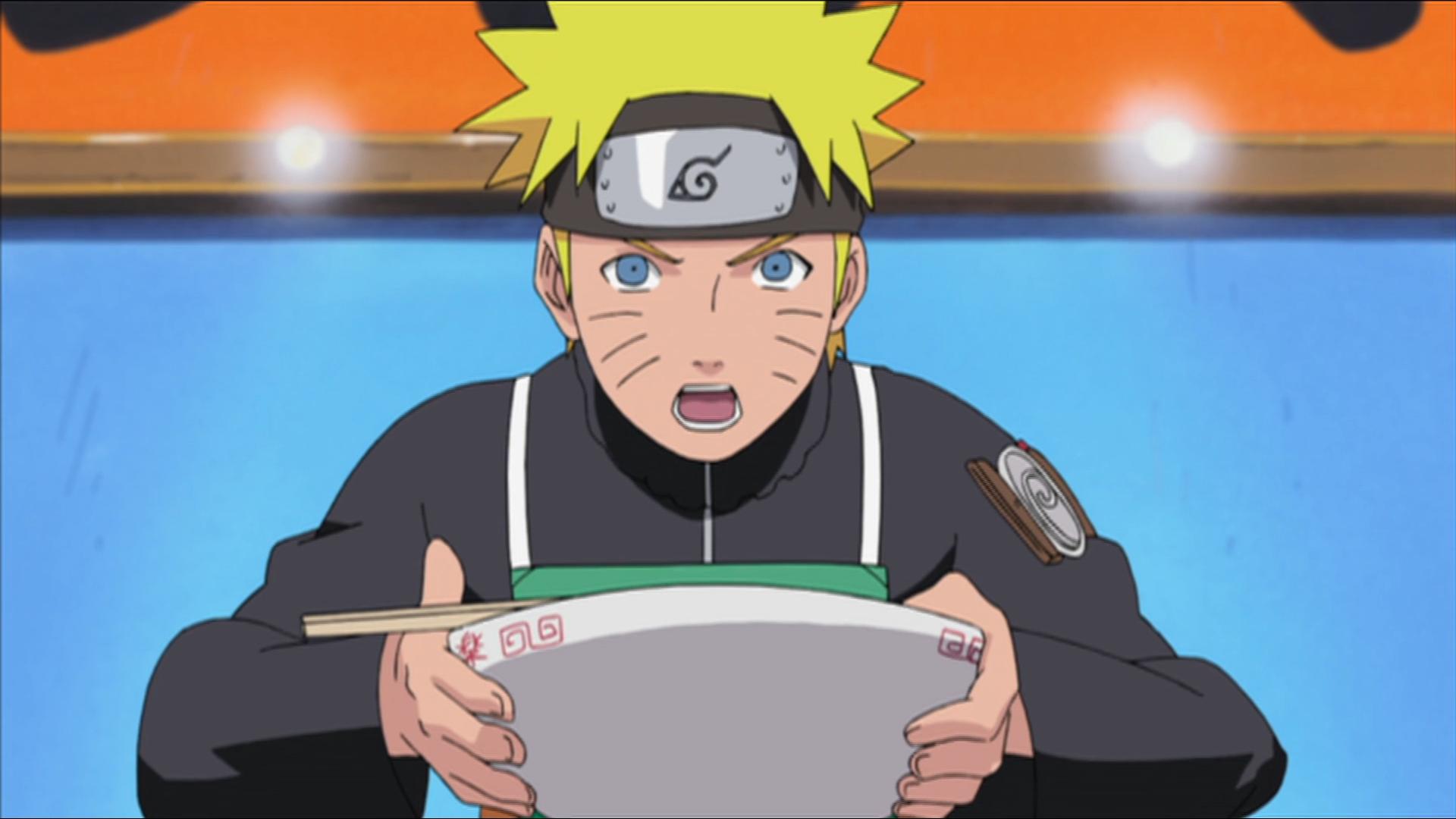Naruto Uzumaki se prepara para comer un plato de ramen en una escena del anime de televisión Naruto Shippuden.