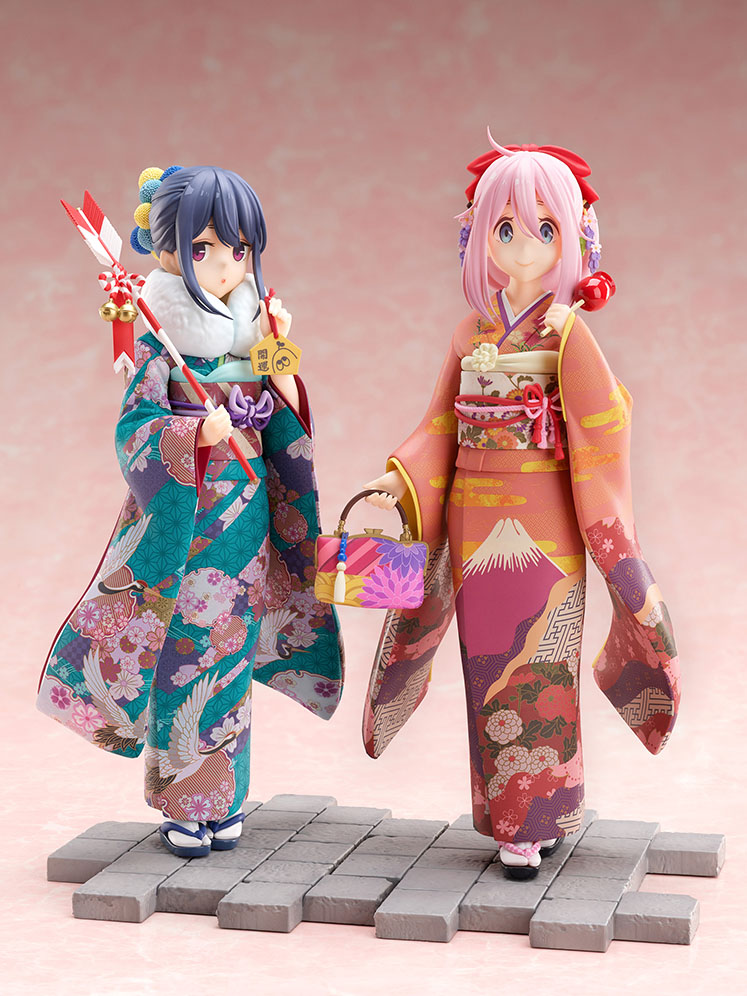 Rin and Nadeshiko Furisode Figures
