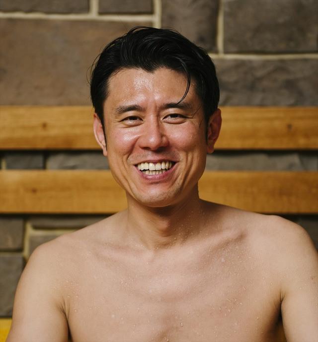 Taizo Harada enjoys a steamy sauna as protagonist Atsurou Tanaka.