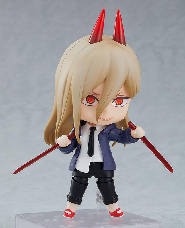 Una imagen promocional del juguete Nendoroid Power de Good Smile Company haciendo alarde de un par de cuchillos de sangre.