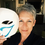 Jamie Lee Curtis Employs Cosplay Incognito to Attend Fighting Game Tournament