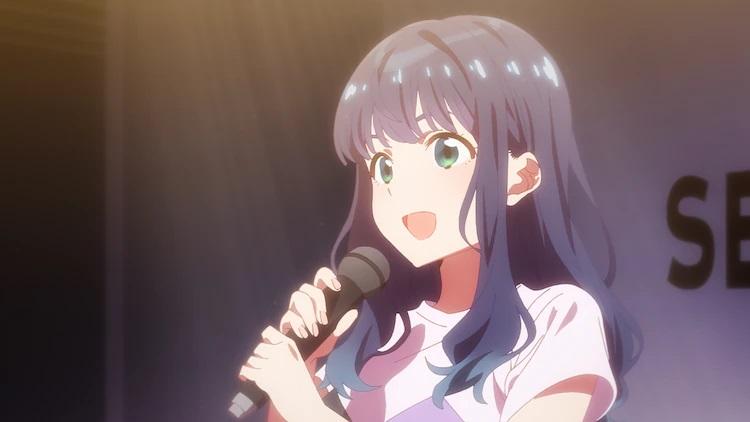 Mako Toma se presenta en el escenario como candidata a ídolo en una escena del próximo anime de SELECTION PROJECT TV.